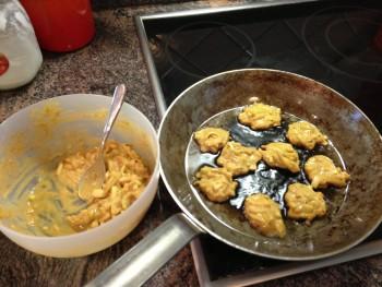 frying bhajis